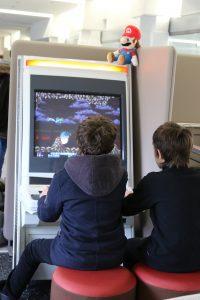 Du jeu rétro en libre accès sur une borne d'arcade SEGA New Net City.