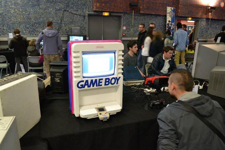 Une borne Game Boy fait main !!!