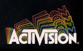 Premier logo d'Activision